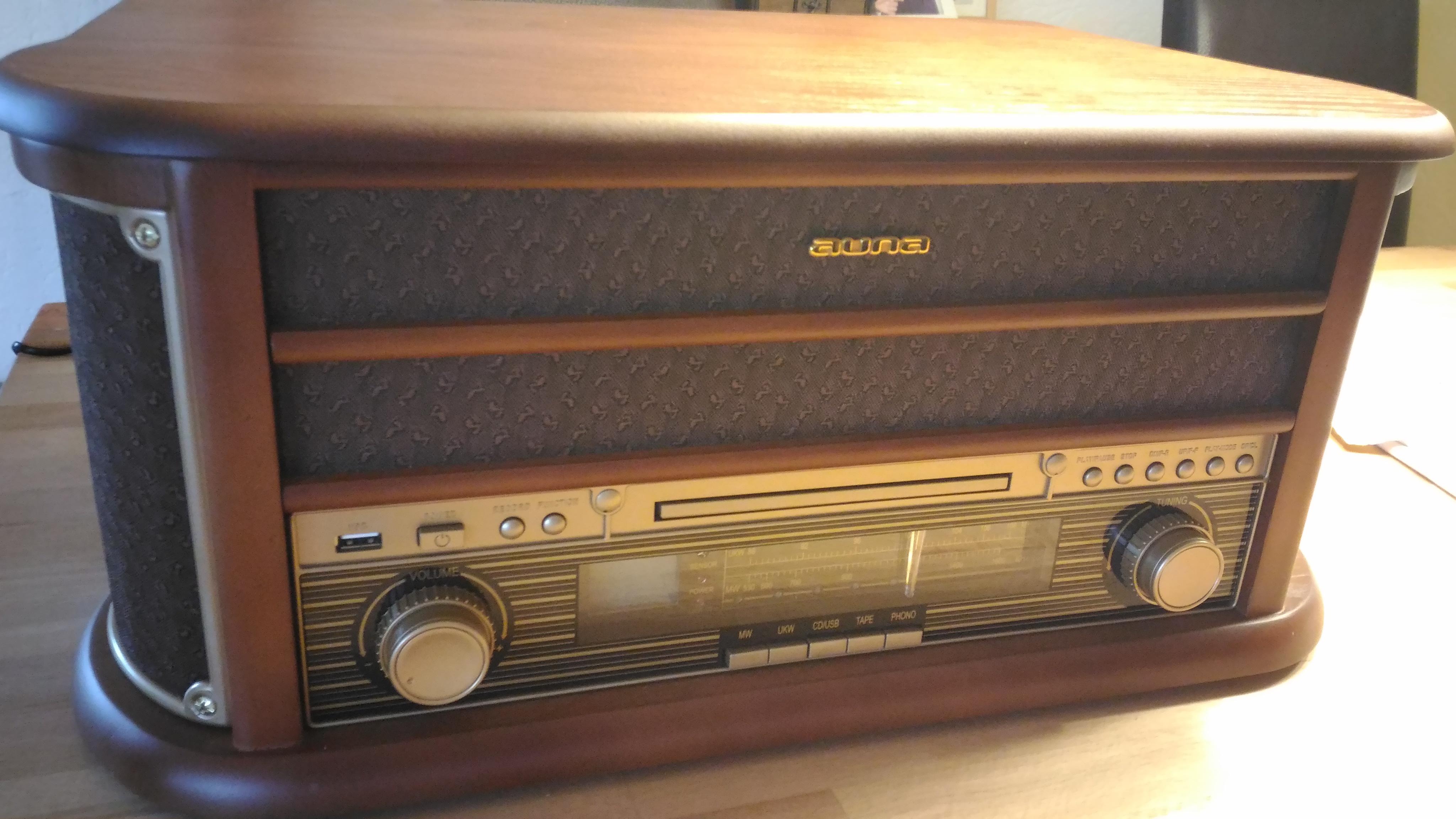 auna belle epoque 1908 plattenspieler retro stereoanlage musikanlage cd player usb slot. Black Bedroom Furniture Sets. Home Design Ideas