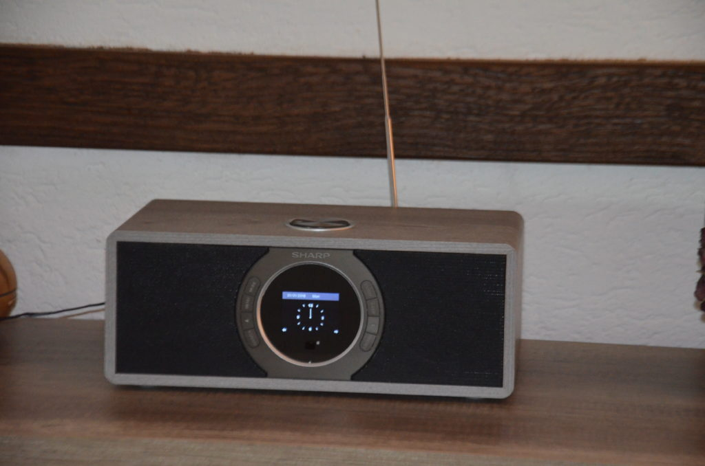 SHARP DR-I470 (GR) Stereo Internetradio