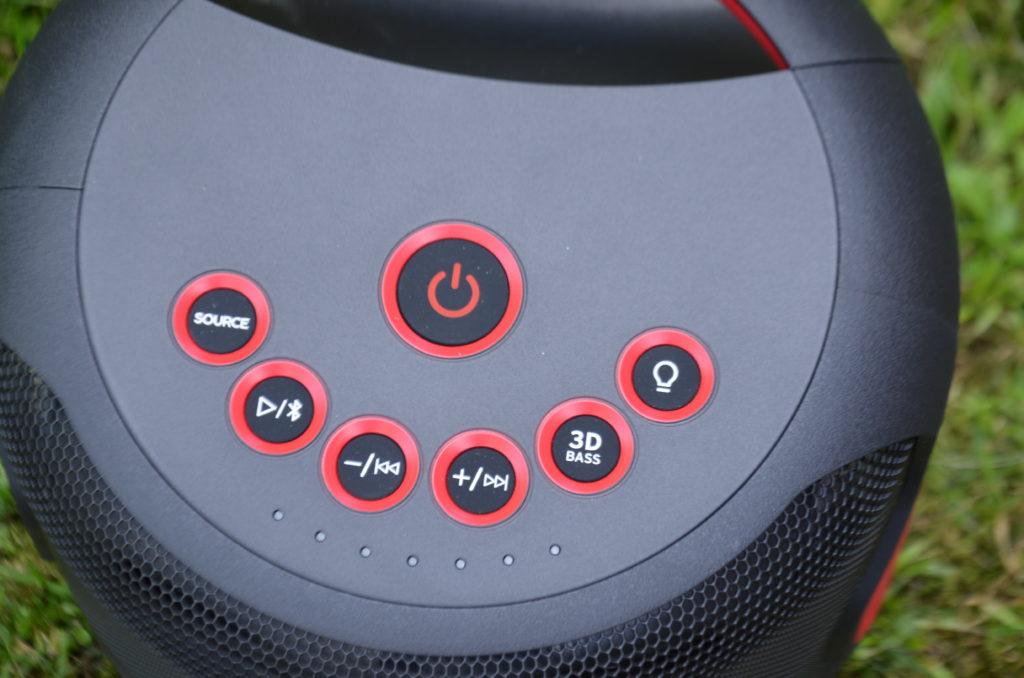 SHARP PS-919 (BK) Partylautsprecher Bedieneinheit auf dem Deck des Lautsprechers
