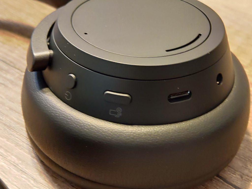 Steuerungseinheit der Surface 2 Headphones